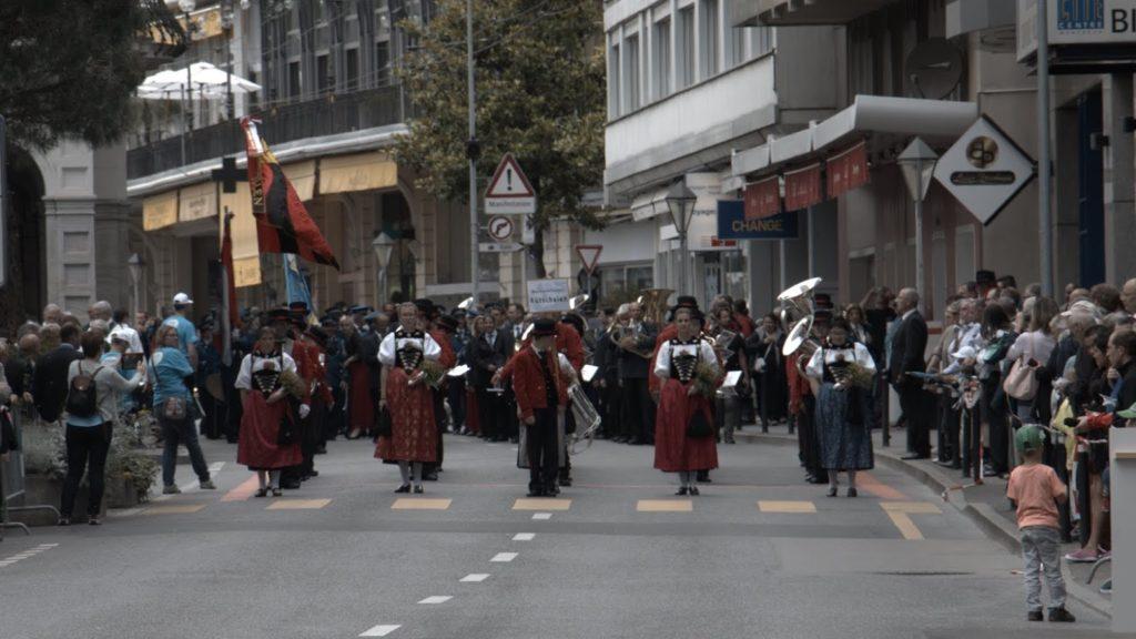 """Bei der Marschmusik mit dem """"Rumisberger Marsch"""""""